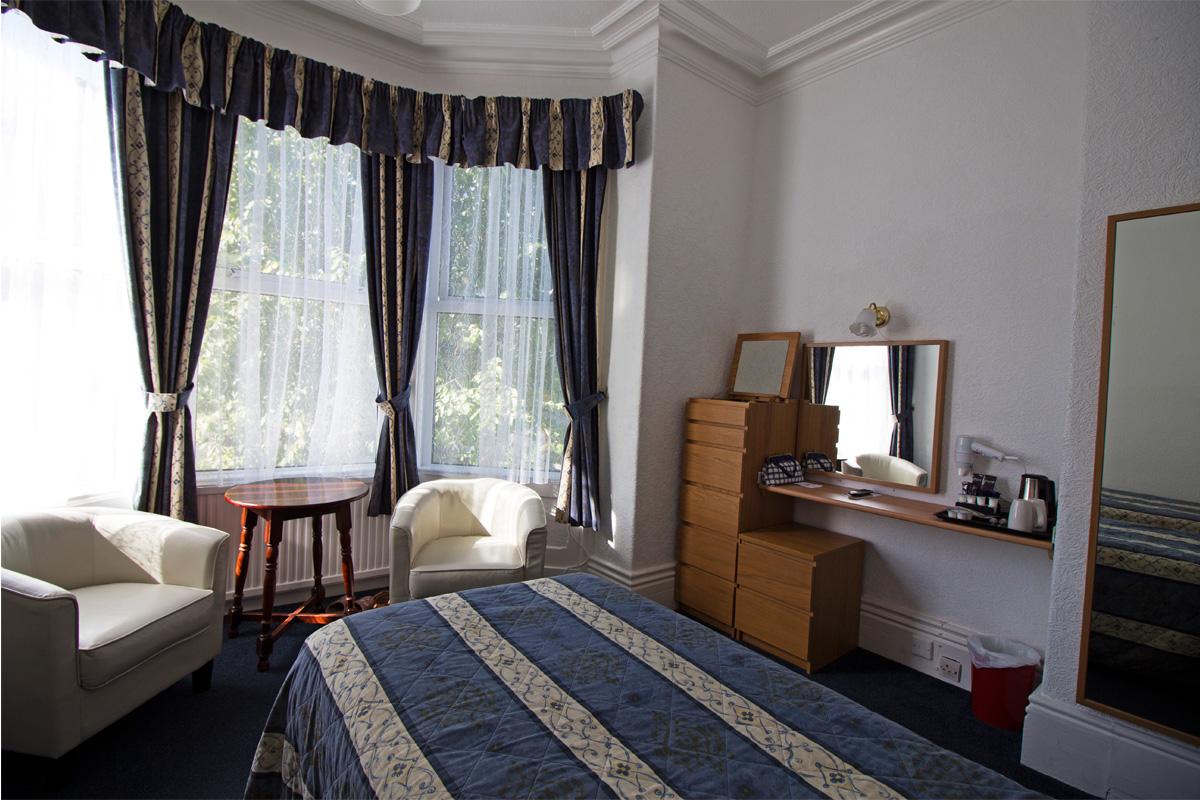 Single Rooms Llandudno